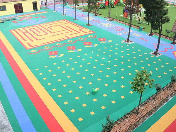 开心玩具悬浮地板