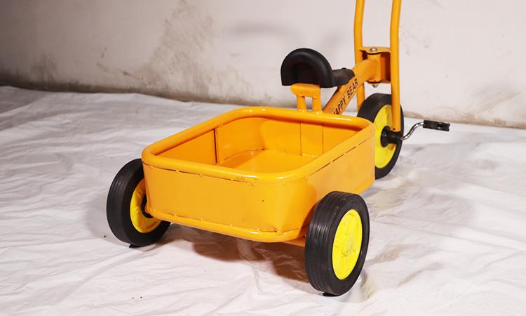 单人三轮车、双人三轮车、带兜三轮车、八人转车